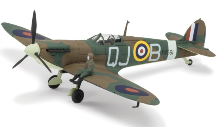 Airfix Supermarine Spitfire Mk1A Airplane Model Kit