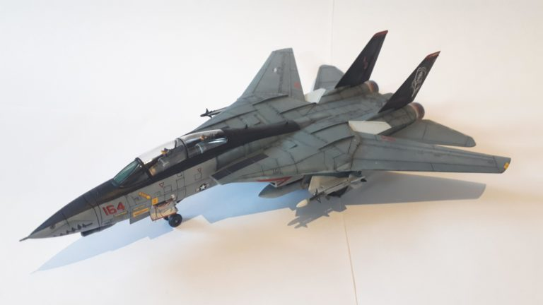 Revell F-14d Super Tomcat Airplane Model Kit