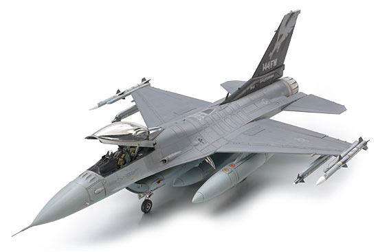 Tamiya Lockheed Martin, F-16 Fighting Falcon