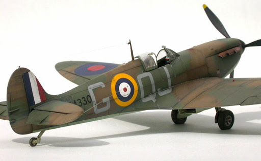 Tamiya Supermarine Spitfire Mk.I Airplane Model Kit